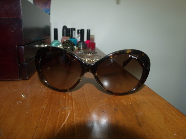 vogue Sunglasses, Vouge, Fashion, Eva Mendez, Fashion blogger, Give Away, Spring, Sunglasses, Affordable eye wear