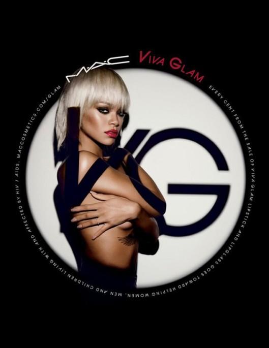 rs_634x822-140103085923-634.Rihanna-Viva-Glam-Mac.jl_.010314