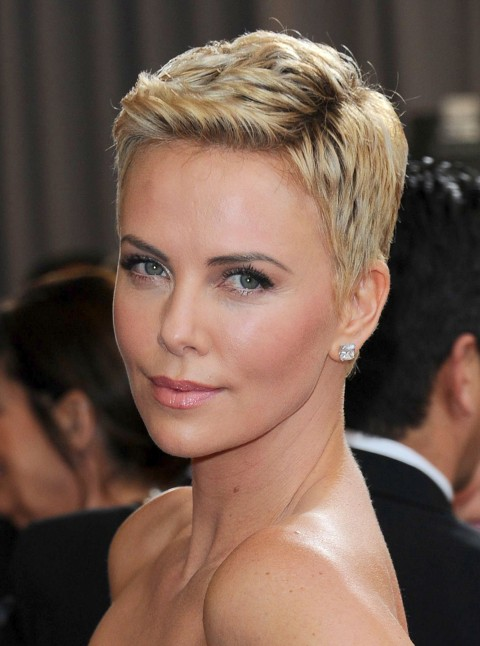 Charlize-Theron-short-hair