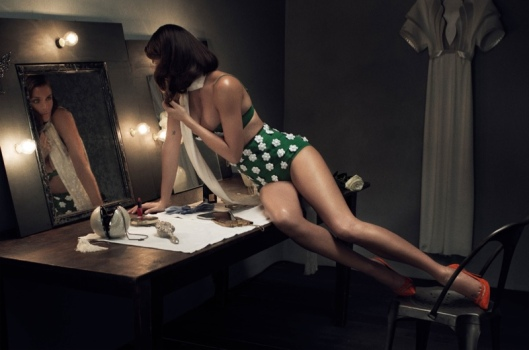 helena-christensen-vs-shoot5