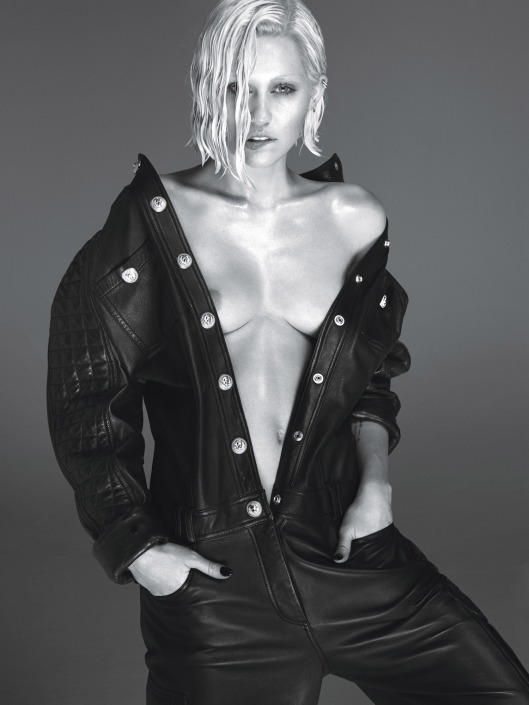 miley-cyrus-by-mert-alas-and-marcus-piggott-for-w-magazine-march-2014-3