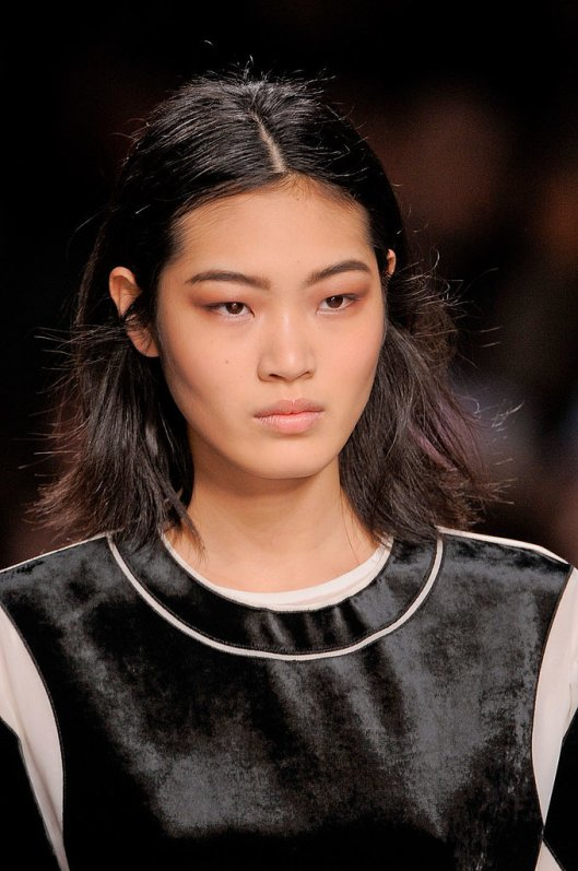 Viktor-Rolf-Fall-2014-Hair-Makeup-Runway-Pictures
