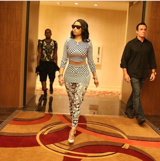 Nicki-Minajs-1Oak-Las-Vegas-Brian-Li
