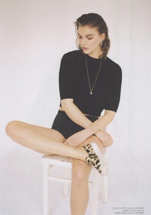 Who-What-Wear-Blog-Minimal-Black (6)